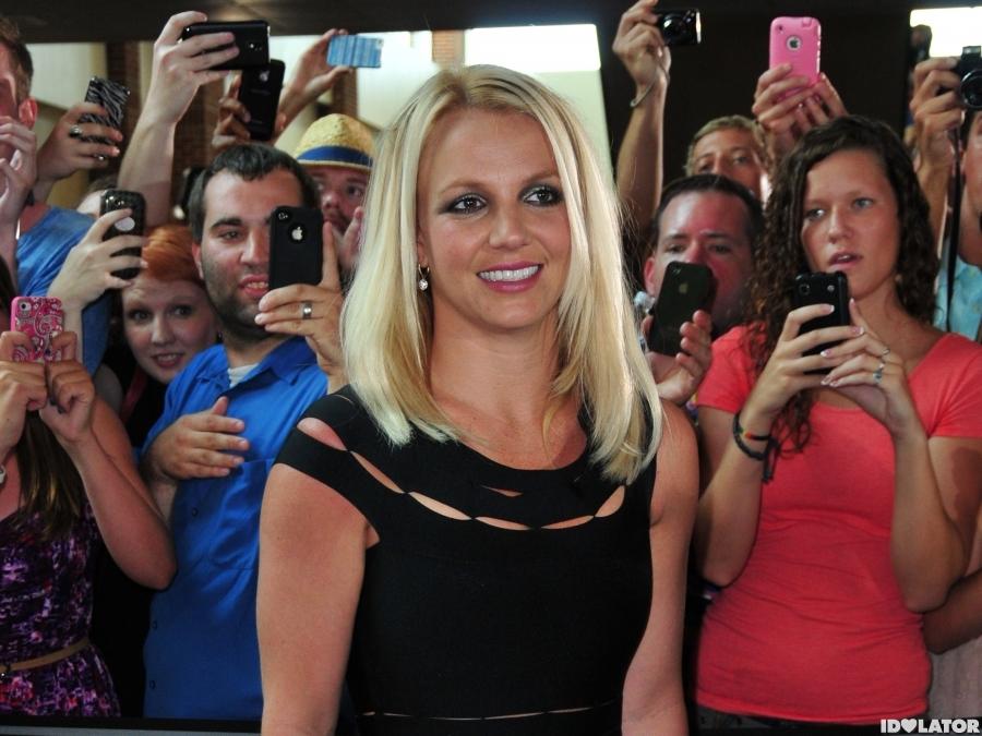 Britney's Retro & Demi's Edgy