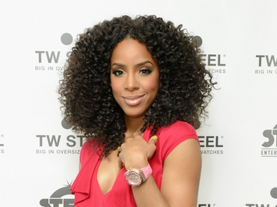 Kelly Rowland red carpet TW Steel