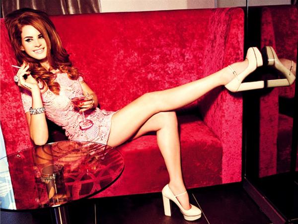 Lana Del Rey Poses For 'Vogue Italia'