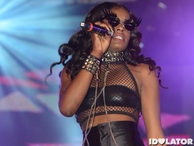 "Azealia Banks Unleashes New Track ""Succubi"""