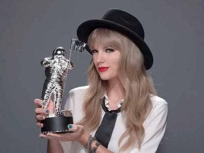 Taylor Swift MTV Video Music Awards 2012