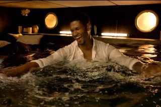 "Usher Happily Drowns In His ""Dive"" Music Video"