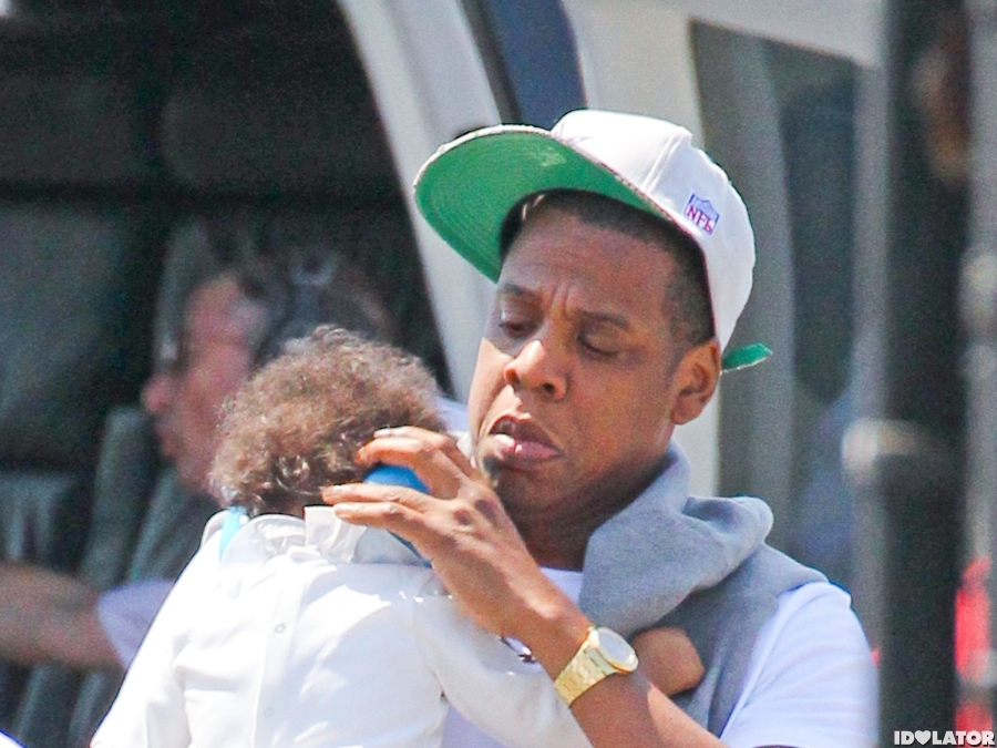 Jay-Z And Blue Ivy Arrive In NYC