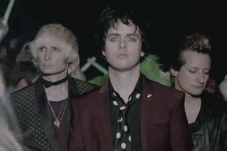 Green Day Cancel Festival Appearance, Talk Trilogy Pressures & Rehab: Morning Mix