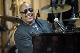Stevie Wonder Clarifies Comments Regarding Frank Ocean And Homosexuality