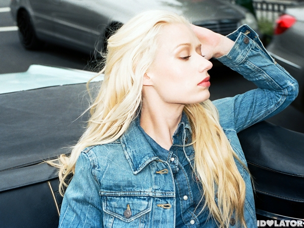 Iggy Azalea Goes Forth For Levi's