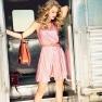 Taylor Swift Glamour