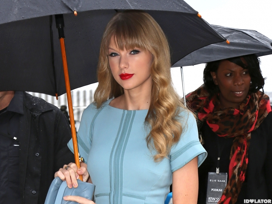Taylor Is Beautiful In Blue