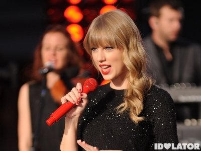 Taylor Swift Performs On Good Morning America