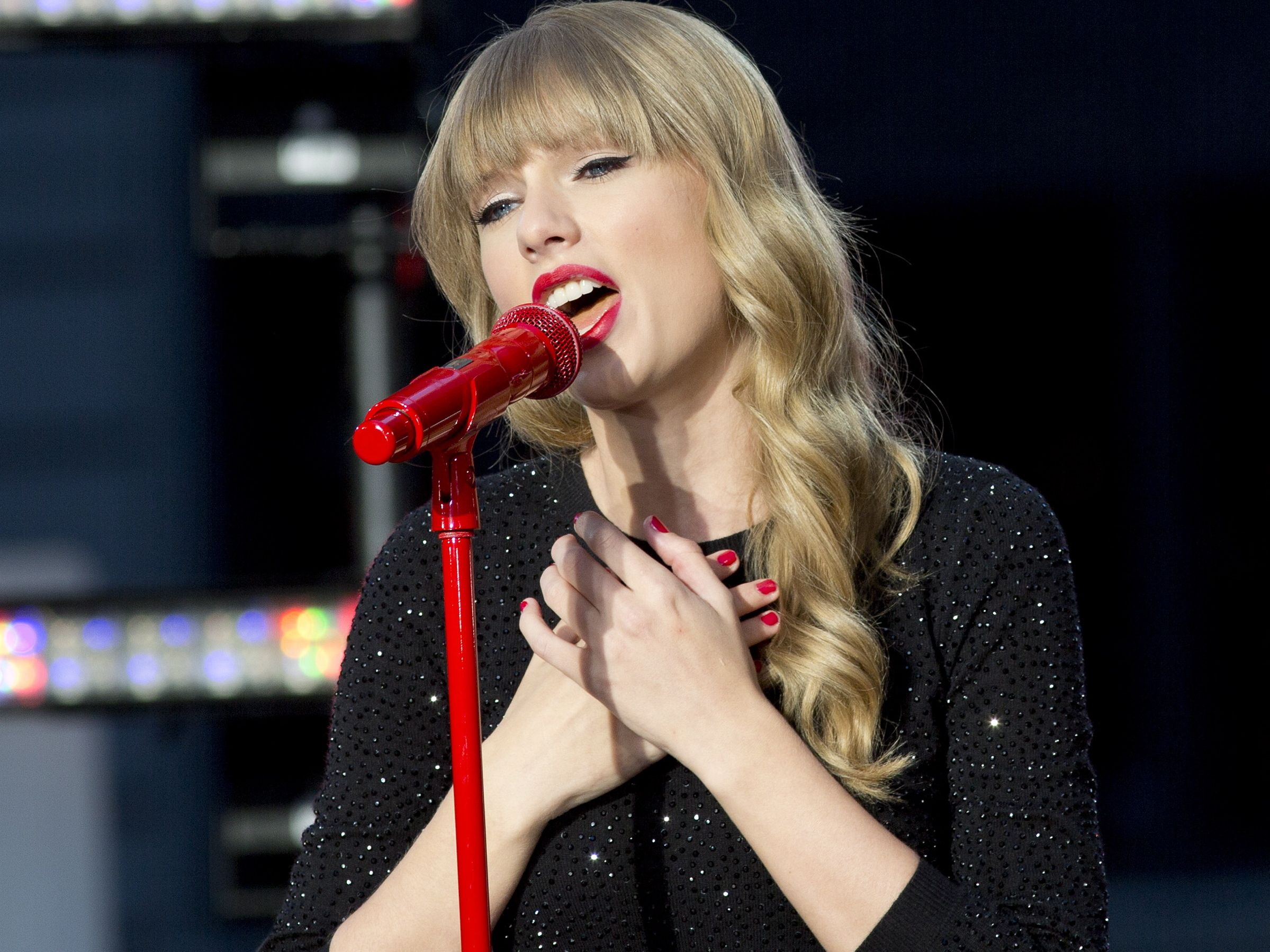 Red tour dates
