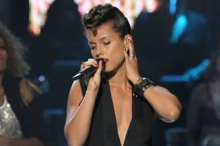 """Alicia Keys & Maxwell Heat It Up On """"Fire We Make"""": Listen"""