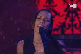 Alicia Keys On 'VH1 Storytellers': Watch The Full Episode
