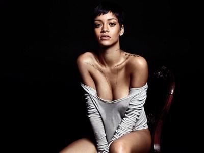 Rihanna Shows Skin For 'GQ'