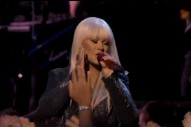 "The Voice: Christina Aguilera & Blake Shelton Perform ""Just A Fool"""