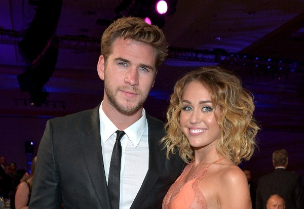 Miley Gets Engaged To Liam Hemsworth: 2012
