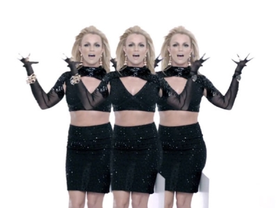 "Britney & Will.i.am's ""Scream & Shout"" Video"