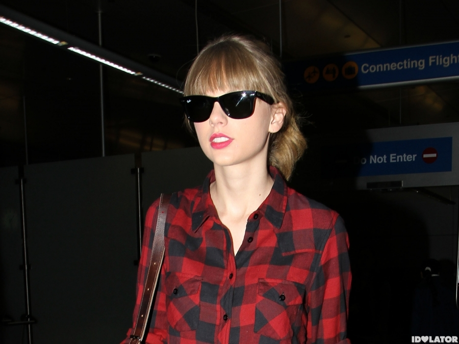 Taylor Touches Down In L.A.