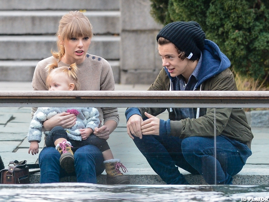 Taylor Swift And Harry Styles' Date In Central Park