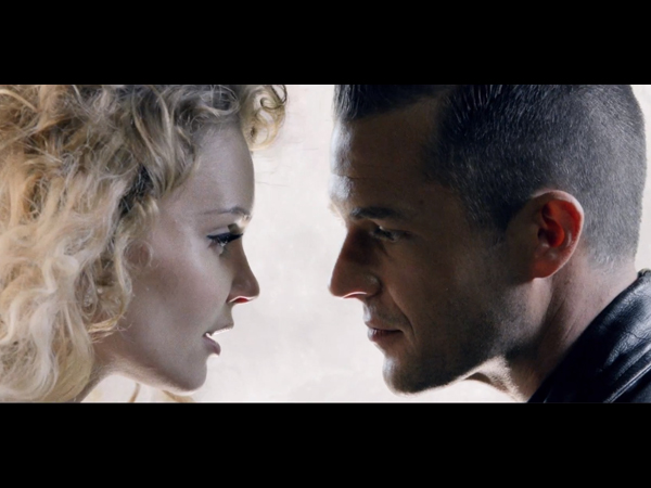 The Killers Miss Atomic Bomb Video Watch The Mr