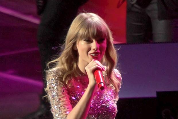 Taylor Swift Z100 Jingle Ball 2012