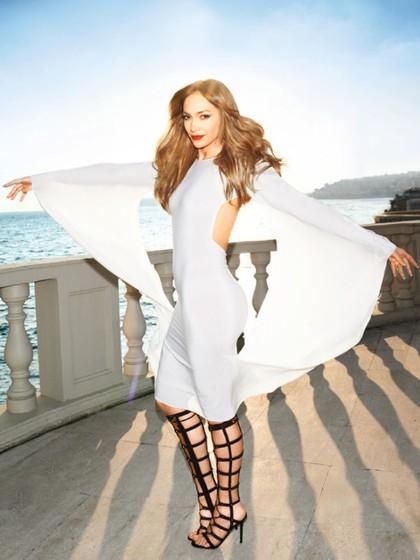 J.Lo Covers 'Harper's Bazaar'