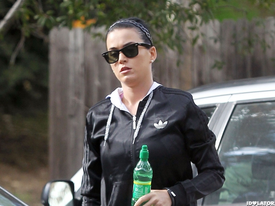 Katy Perry Works Up A Sweat
