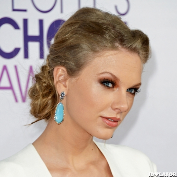 Taylor Swift: People's Choice Awards 2013