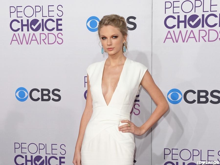 Taylor Swift: People's Choice Awards 2013 | Idolator