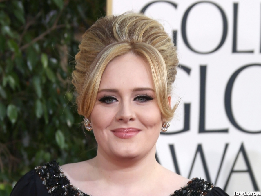 Adele Arrives At The 2013 Golden Globes