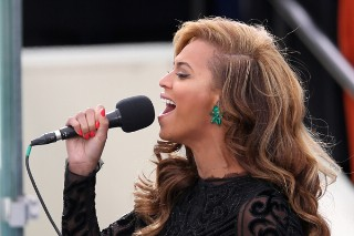 Beyonce Slays The National Anthem At President Obama's Inauguration: Review Revue