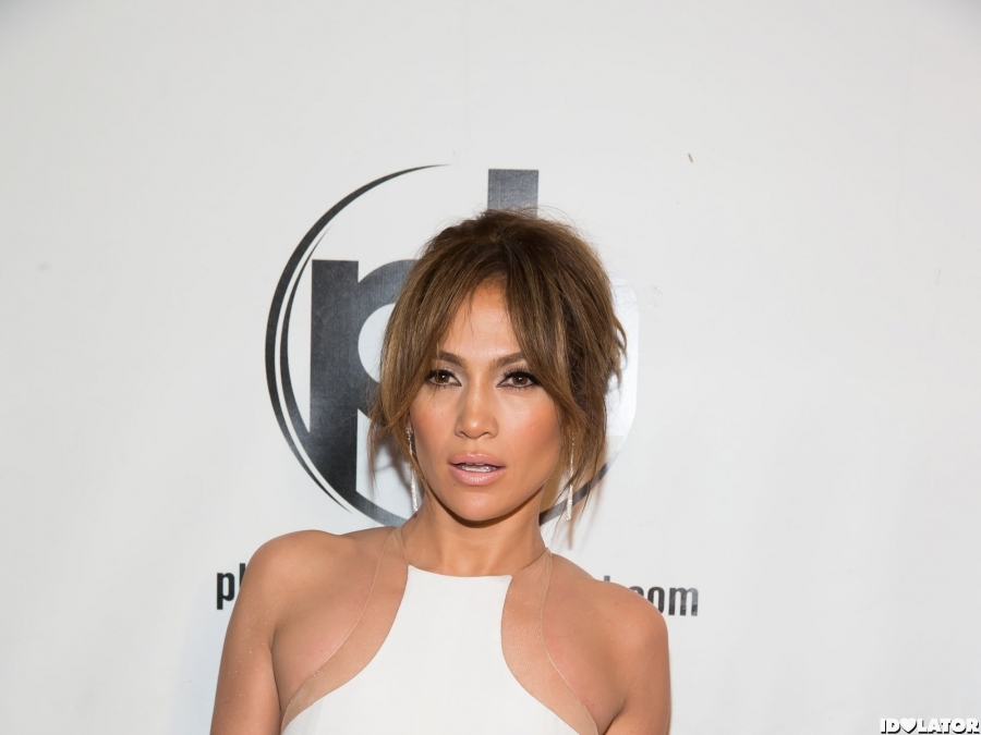 J.Lo — That Dress! Oh, My!