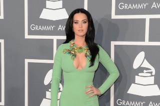 Grammy Awards 2013: Katy Perry Defies Gravity On The Red Carpet