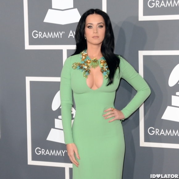 Katy Perry: 2013 Grammy Red Carpet