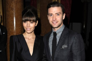Watch Jessica Biel Bring Sexy Back (Kind Of) At A Justin Timberlake Performance: Morning Mix
