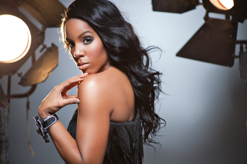 """Kelly Rowland Teams Up With Michael Bolton For """"Ain't No Mountain High Enough"""" Cover: Listen"""