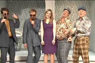 """Justin Timberlake Reunites With Andy Samberg As """"Dick In A Box"""" Duo On 'Saturday Night Live': Watch"""