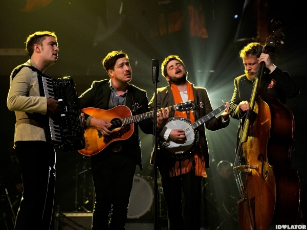 mumford sons perform