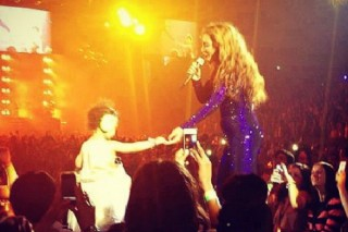 Watch Beyonce Bring Blue Ivy On Stage During London Show: Morning Mix