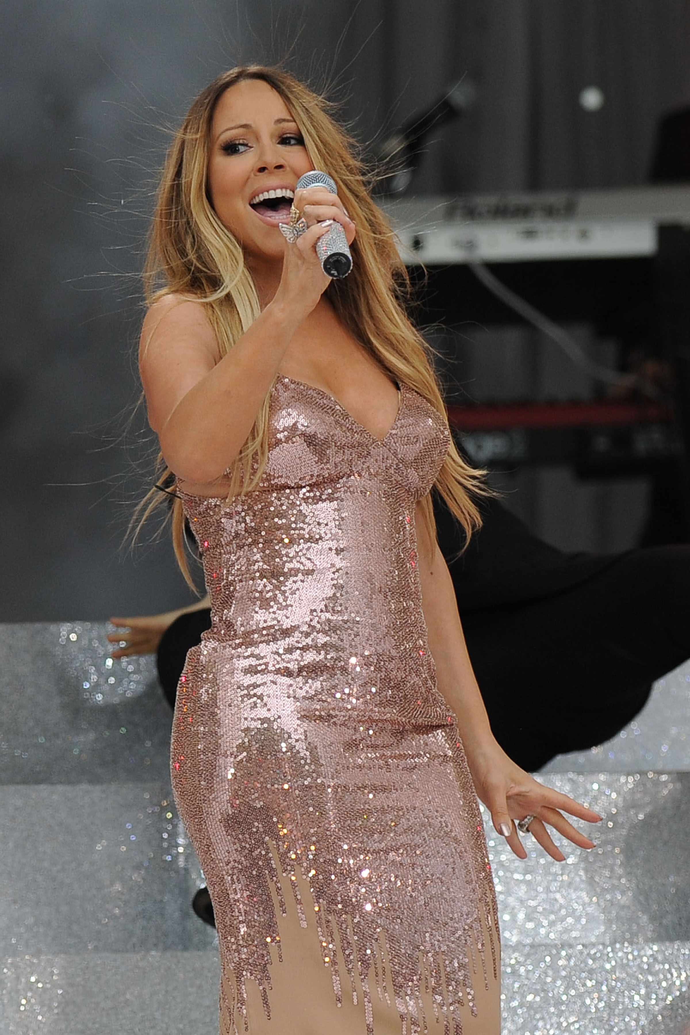 Mariah Carey Announces Departure From 'American Idol,' Upcoming World Tour