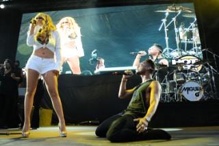 Hot 97's Summer Jam XX Concert: See Miguel, Mariah Carey, 2 Chainz & Nicki Minaj Perform