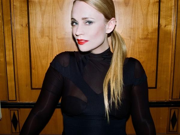 Annie Promo Photo 2013