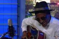 "Labrinth Performs ""Beneath Your Beautiful"" Acoustic: Watch"