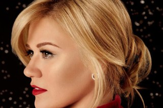 Arcade Fire's 'Reflektor' Is #1, Kelly Clarkson's Holiday LP Debuts High On Album Chart