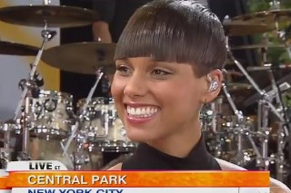 Alicia Keys Sizzles In Central Park: Watch Her Soulful GMA Performances