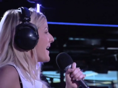"""Ellie Goulding Covers Justin Timberlake's """"Mirrors"""" For BBC Radio 1's Live Lounge: Watch"""