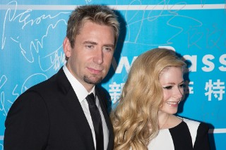 "Avril Lavigne & Chad Kroeger's ""Let Me Go"": Hear Chavril's Soaring Ballad"