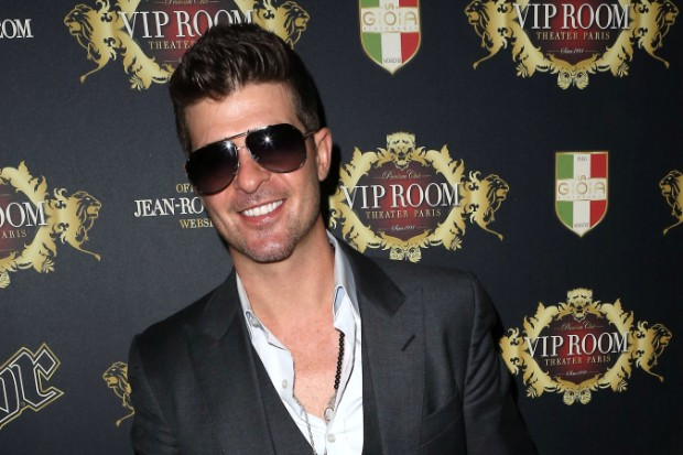 Robin Thicke Perfroms at VIP Room in Paris