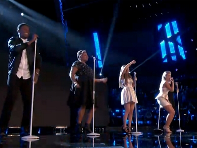 """'The Voice': Team Christina Aguilera Performs Maroon 5's """"Love Somebody"""" On Elimination Night"""