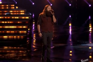 """'The Voice': Rocker Cole Vosbury Surprises With Cover Of Miguel's """"Adorn"""""""