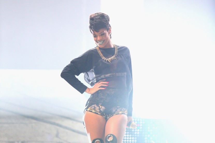 Rihanna Returns To Instagram After 6-Month Absence